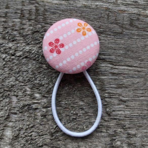 Rózsaszín virágos gomb hajgumi