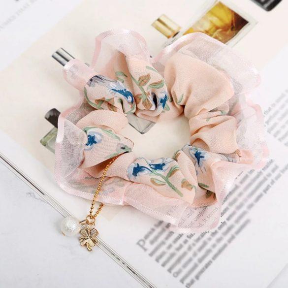 Rózsaszín virágmintás hajgumi