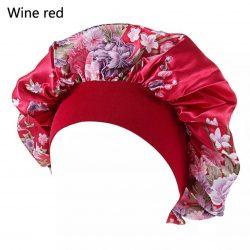 Piros virágos szatén hálósapka